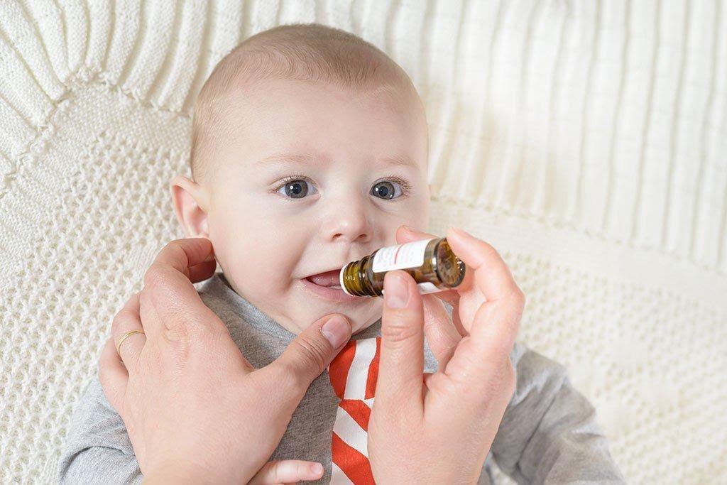 Sử dụng sai liều và sai cách là nguyên nhân hàng đầu dẫn đến thừa vitamin D3 ở trẻ sơ sinh
