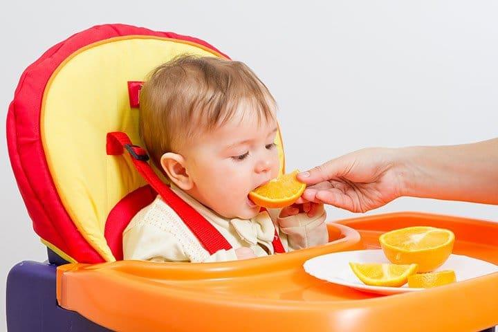 Bổ sung vitamin C cho trẻ thông qua chế độ dinh dưỡng