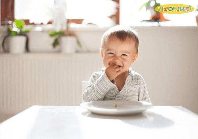Nên cho bé uống DHA vào thời điểm dùng bữa