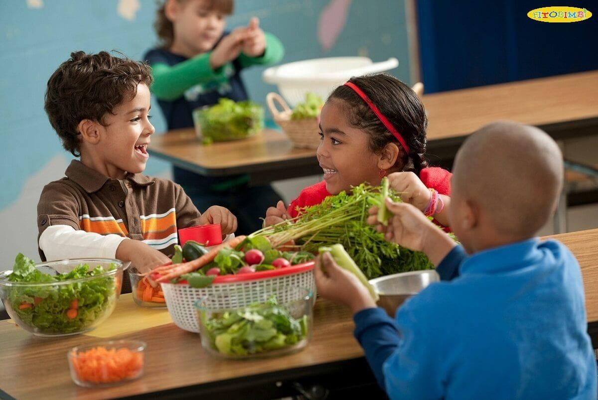 """Trẻ ăn gì thông minh? 9 """"siêu thực phẩm"""" giúp phát triển não bộ"""