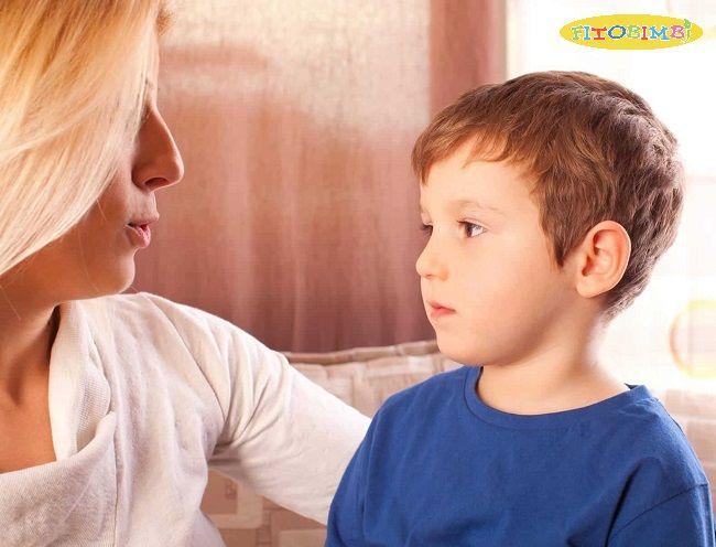Trẻ tăng động chậm nói cha mẹ phải làm sao?
