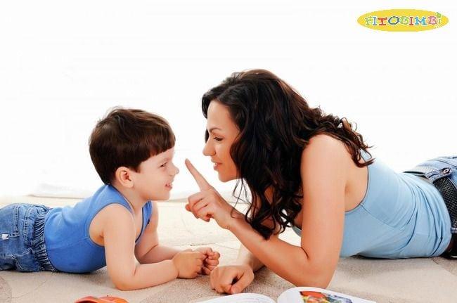 Trò chuyện với trẻ thường xuyên
