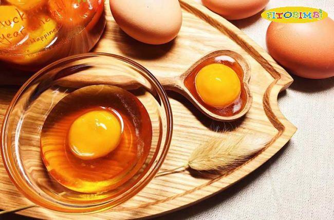 Trứng gà luôn là món ăn khoái khẩu của bé