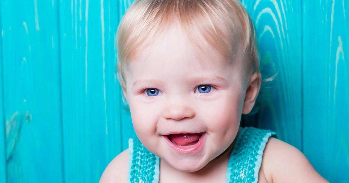 Trẻ chậm mọc răng là khi đã 1 tuổi mà vẫn chưa nhú chiếc răng nào
