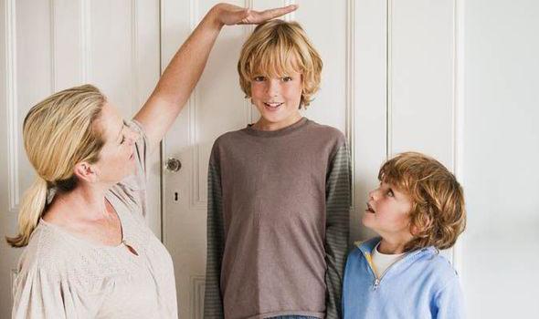 Bổ sung đầy đủ canxi giúp trẻ phát triển chiều cao tối ưu