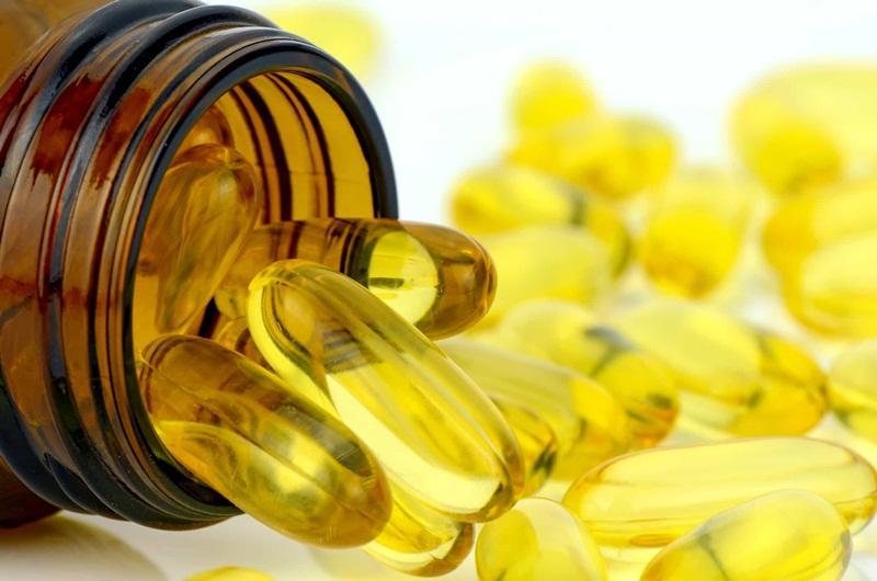 Bạn nên tham khảo ý kiến bác sĩ và tuân thủ đúng liều lượng, hướng dẫn sử dụng để không cho trẻ uống quá liều vitamin E