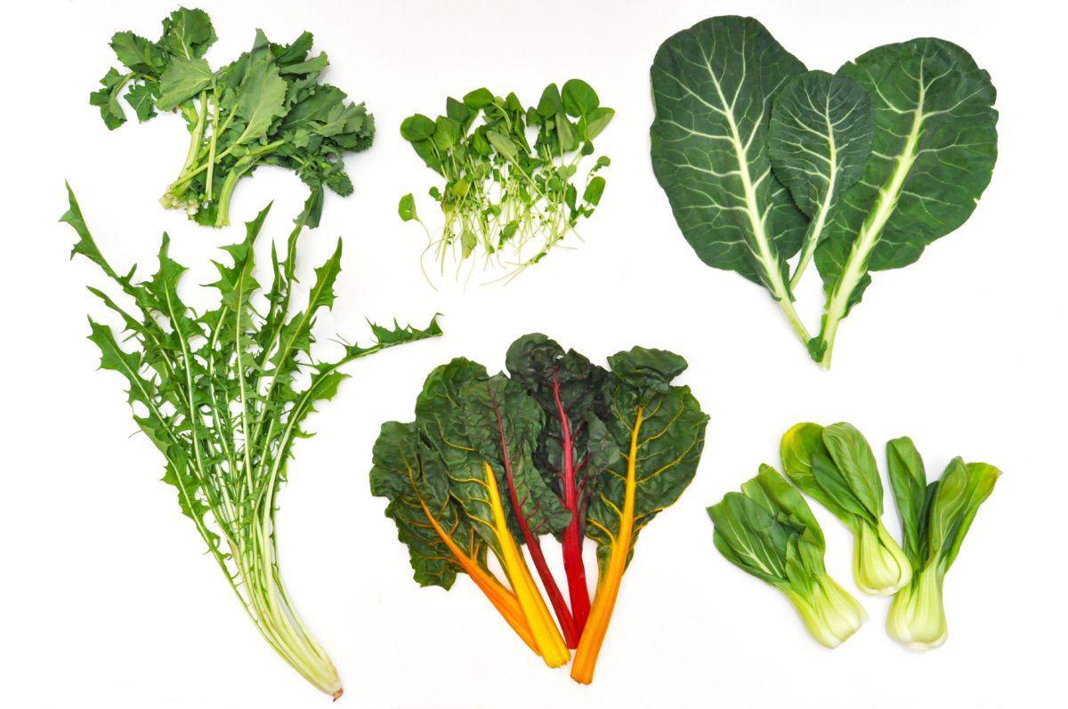 Các món ăn từ rau cải và rau dền rất giàu canxi