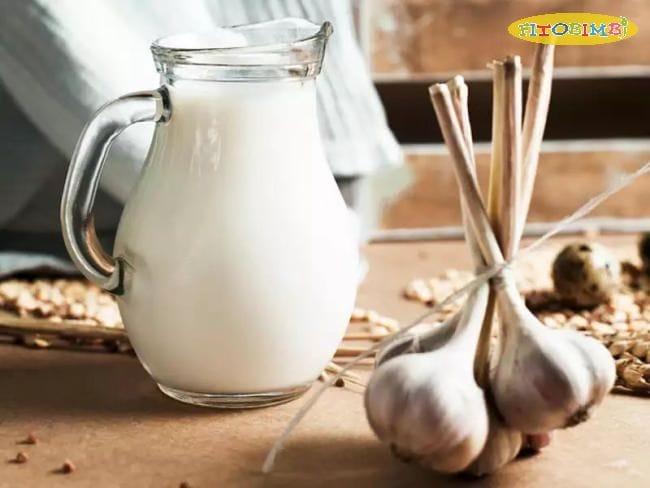 Học cách làm sữa tỏi chữa ho cho trẻ