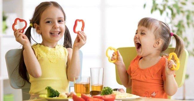 Một chế độ ăn cân bằng, lành mạnh sẽ giúp bé nhanh chóng khỏi bệnh