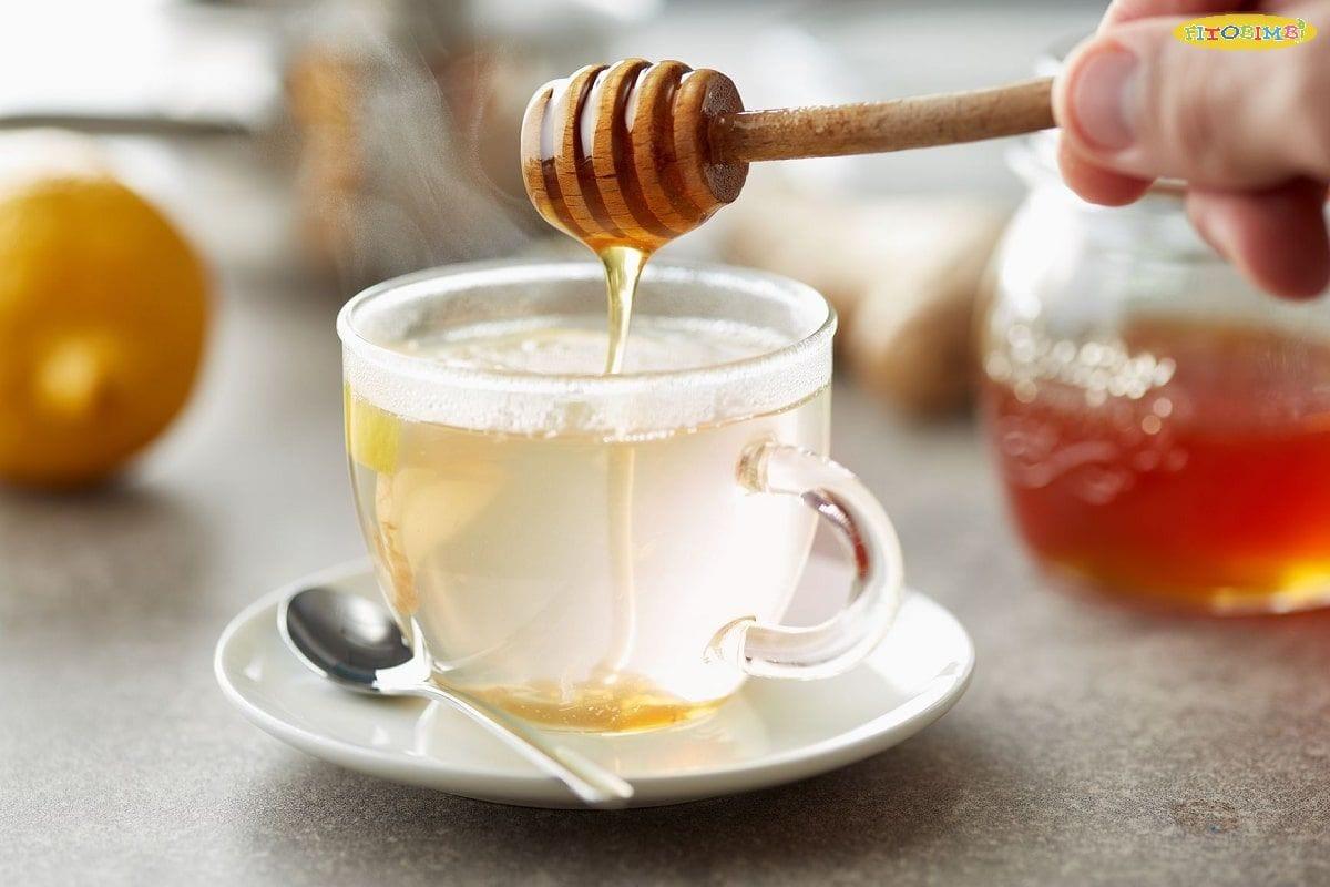 Một chén nước mật ong ấm sẽ giúp con có giấc ngủ ngon hơn