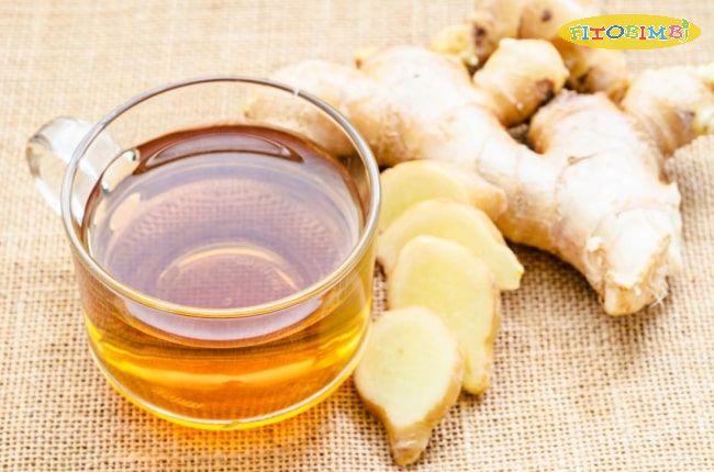 Một ly trà gững mật ong giúp giữ ấm cơ thể và giảm đau rát cổ họng hiệu quả