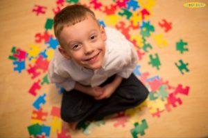 Nhận biết trẻ chậm phát triển để điều trị kịp thời