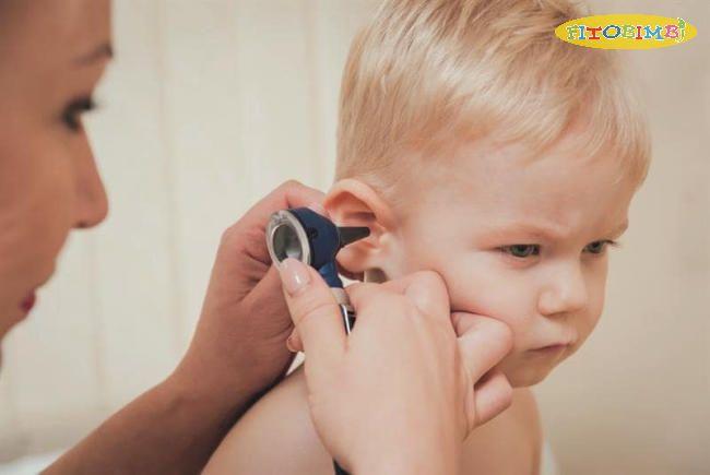 Trẻ em dễ bị viêm tai giữa hơn người lớn
