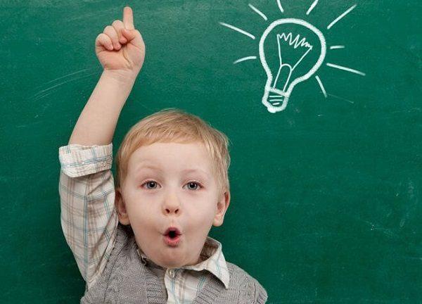 Trẻ được bổ sung đầy đủ các loại vitamin cần thiết sẽ thông minh và nhanh nhẹn