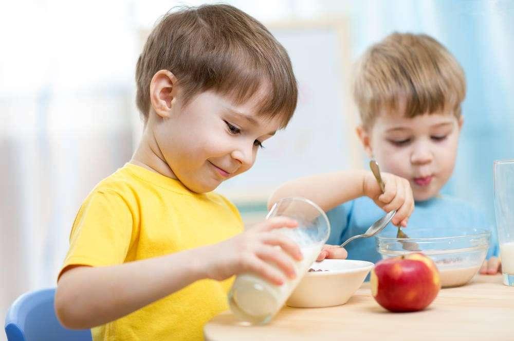 Bỏ túi cách bổ sung canxi và kẽm hiệu quả cho con