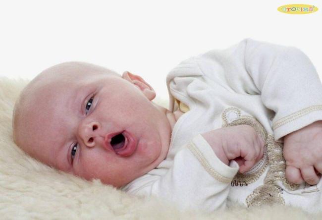 cách chữa viêm họng cho trẻ dưới 1 tuổi
