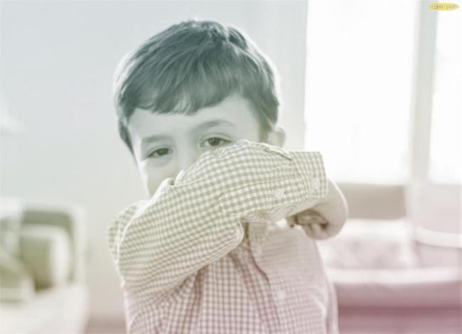 Chuyên gia mách mẹ 3 siro trị ho khan cho bé tốt nhất