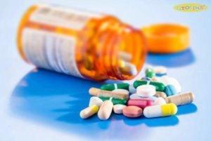 Không tự ý sử dụng kháng sinh chữa viêm họng cho bé