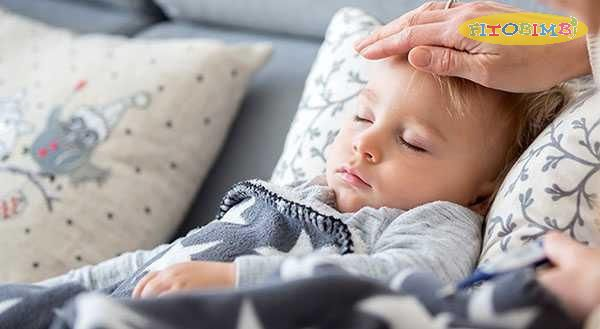 Nâng cao gối giúp giảm ho về đêm cho bé
