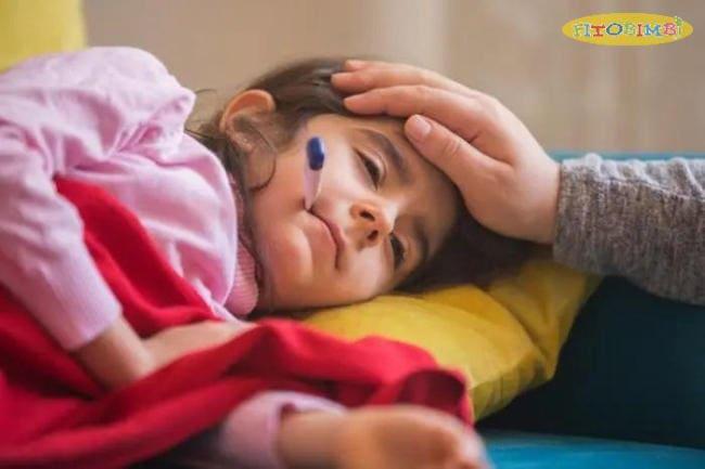 Trẻ bị viêm amidan sốt mấy ngày? Biểu hiện ra sao?