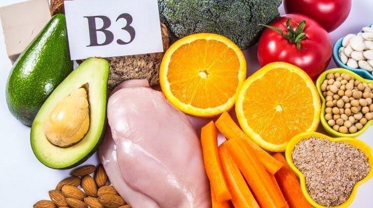 Vitamin B3 thiếu sẽ khiến da môi khô và kém hồng hào