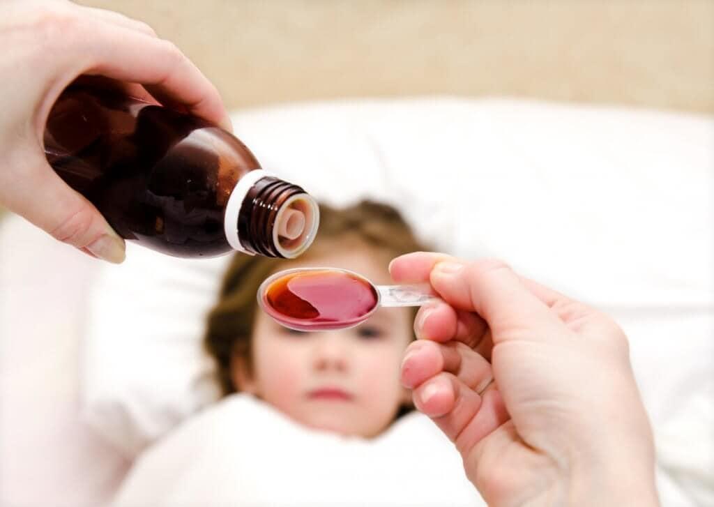 Cách chọn mua multi vitamin cho bé mẹ được các chuyên gia gợi ý