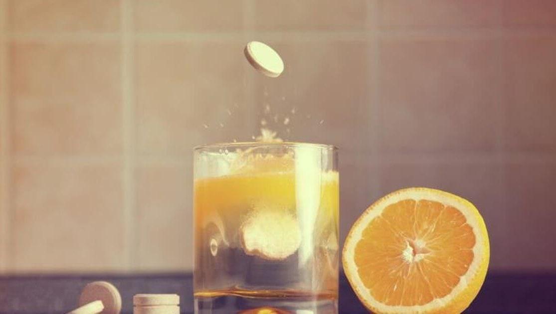 Vitamin C giúp chuyển hóa độc tố hiệu quả