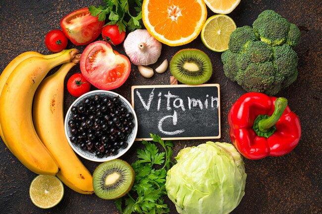 Vitamin C có nhiều trong các loại rau, củ tự nhiên