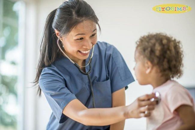 11 cách chăm sóc trẻ bị viêm phổi giúp làm giảm triệu chứng