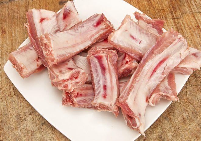 Sườn lợn dễ chế biến thành các món ăn dặm