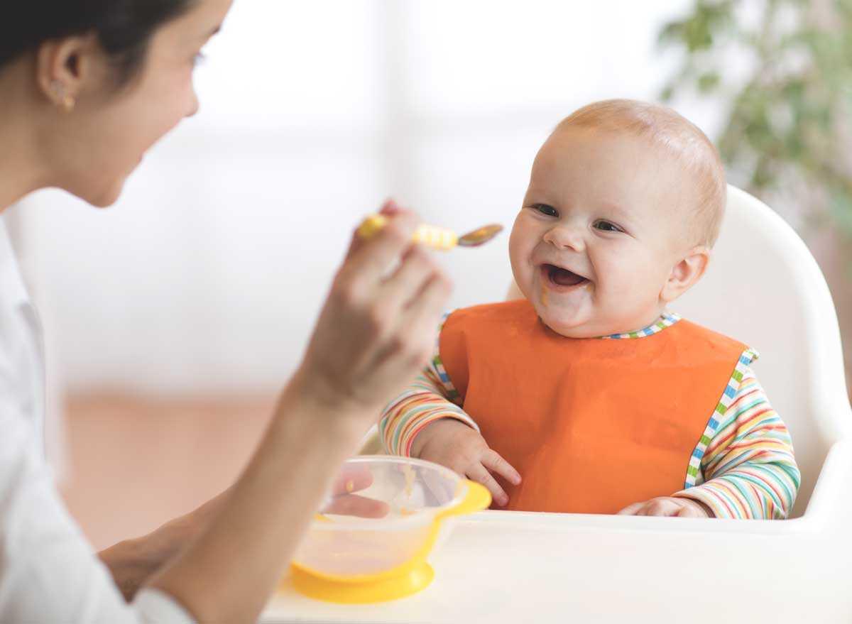Sắt rất cần cho bé trong giai đoạn 9-10 tháng