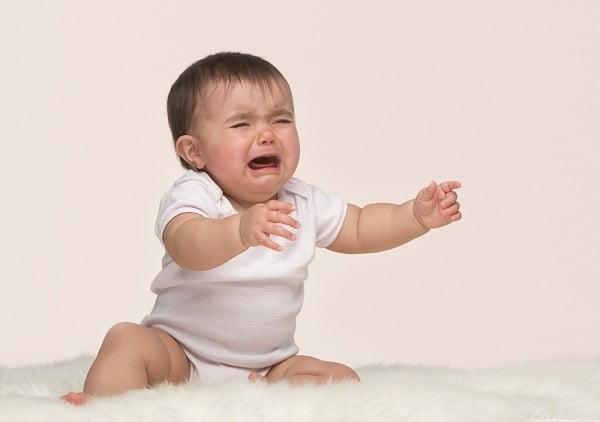 Trẻ thiếu sắt thường mệt mỏi, xanh xao