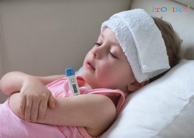 Phương pháp hạ sốt cho bé