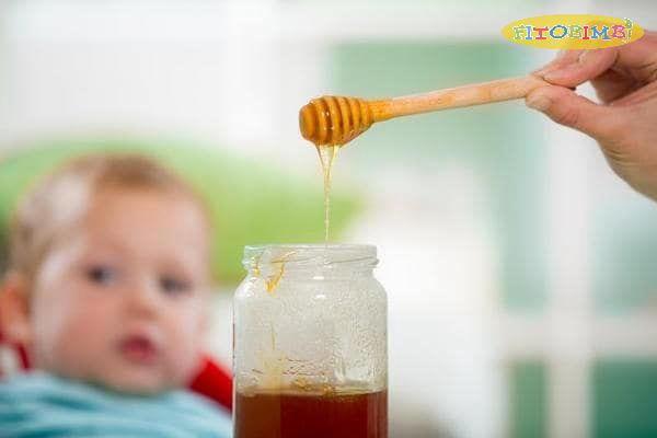 Trà mật ong giảm ho, đau họng cho bé bị viêm phế quản
