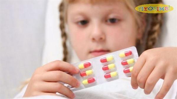 Trẻ bị viêm phế quản uống thuốc gì hiệu quả, an toàn?