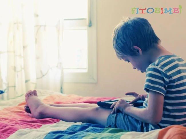 Dấu hiệu nhận biết trẻ tự kỷ
