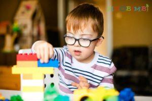 Trẻ tự kỷ có liên quan đến di truyền